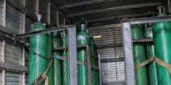 Polícia apreende 33 cilindros de oxigênio escondidos por empresa em Manaus